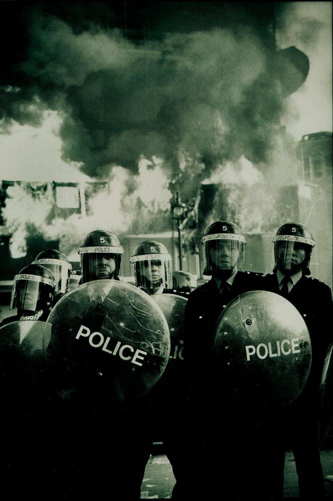 Police-Riot1polltax