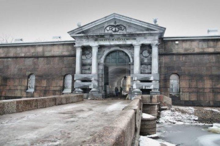 2668500-neva-gates-of-the-petropavlovsk-fortress