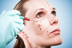 Women-are-ironing-out-wrinkles-and-rejuvenating-their-skin-with-injections-of-their-own-blood